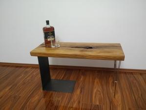 Stolik hotový