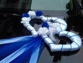 Kralovska modra svadobny vyzdoba,