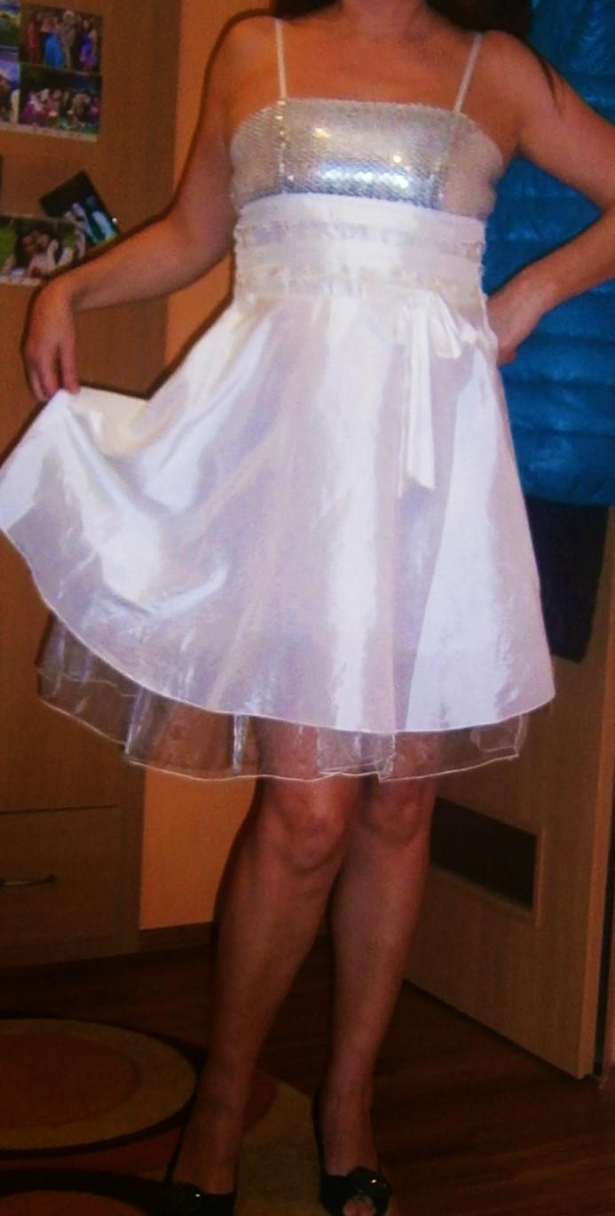 bílé šaty s flitry vel. - Obrázek č. 1