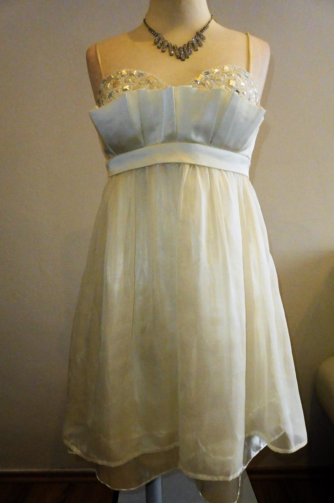 krátké šaty vel.40 - Obrázek č. 1