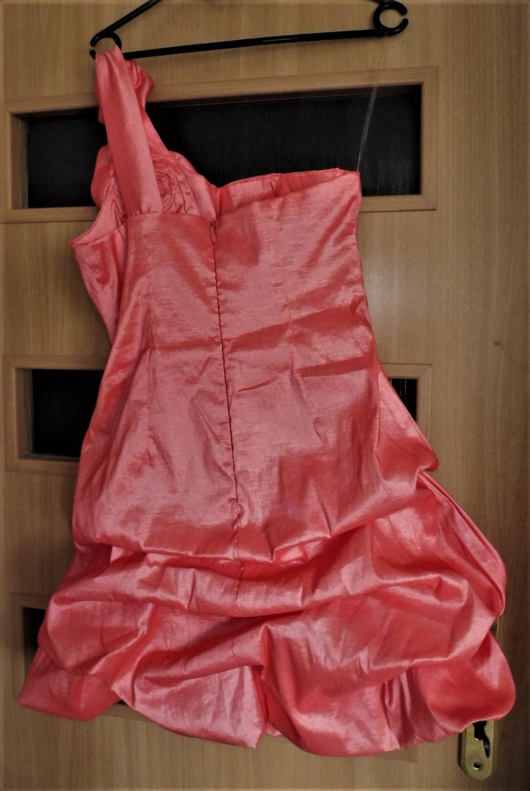 elstické šaty vel.40 - Obrázek č. 4