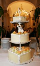 Nasa svadobna torticka...
