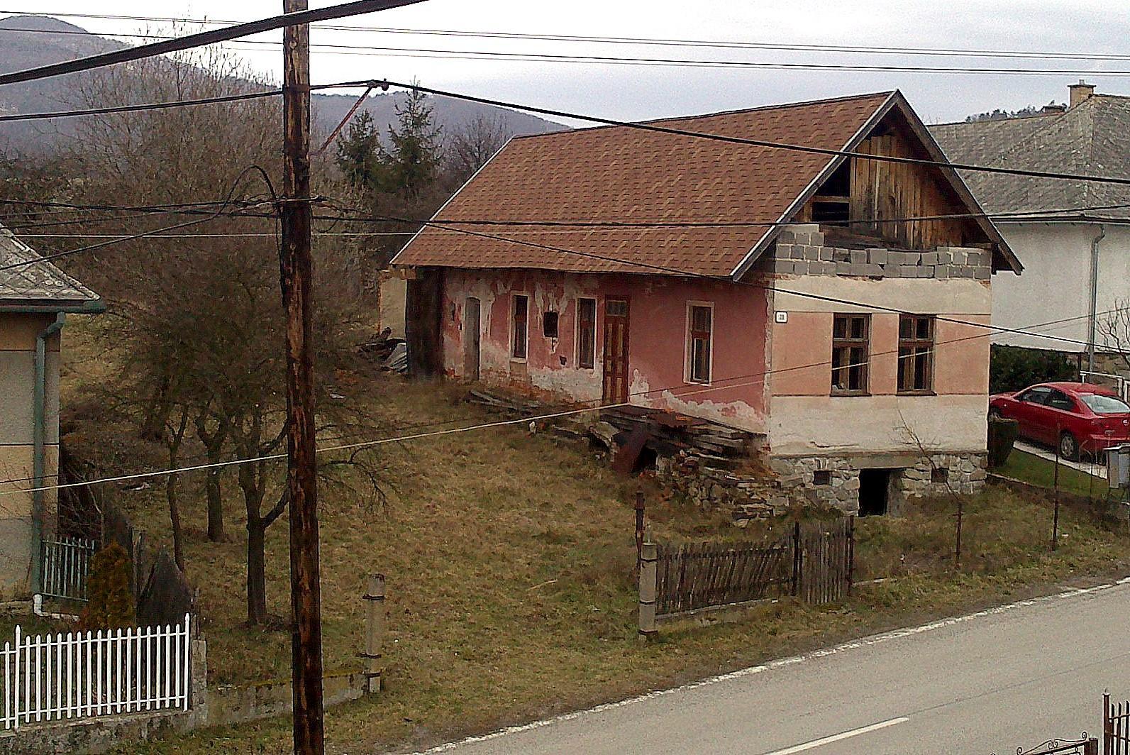 Rekonštrukcia domčeka z roku 1937 - REKAPITULÁCIA   Len pre porovnanie: apríl 2014...