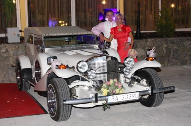 Barbora Konickova{{_AND_}}Igor Tinak - to je auto