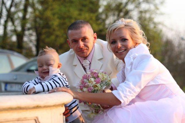 Barbora Konickova{{_AND_}}Igor Tinak - stastna rodinka