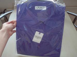 ...a nová košile...( jen ta fialová tolik nevynikne)