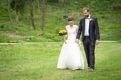 Puntíkové svatební šaty, 34