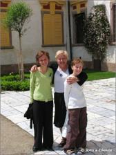 manželova maminka a dcerky