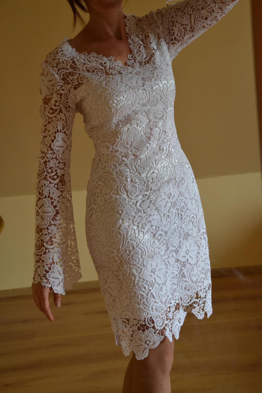 Krátké krajkové svatební či společenské šaty (vel. 36/38) - Obrázek č. 1