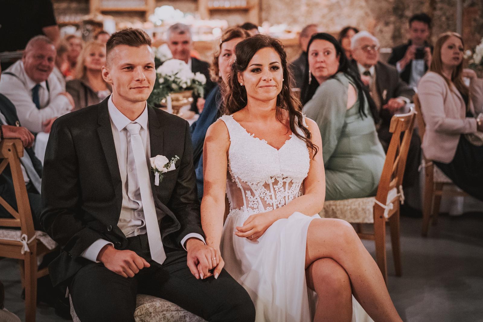 Nádherné svatební šaty - Obrázek č. 4