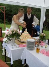 dort byl tak velký, že se nevešel na žádný talíř