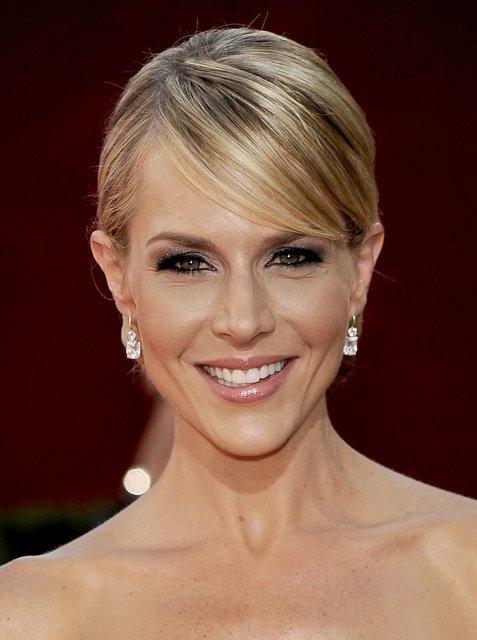 Predsvadobná horúčka :-) - krásny make-up na krásnej žene...