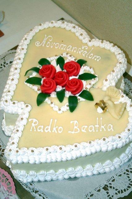 Bejka Poliaková{{_AND_}}Radko Zemančík - torta, ktoru sme dostali, dakujeme :)