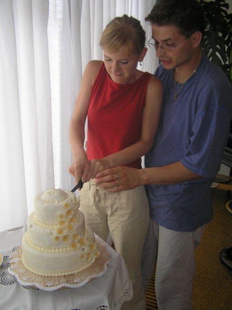 Bejka Poliaková{{_AND_}}Radko Zemančík - Na druhý deň sme doma rozkrájali svadobnú tortu