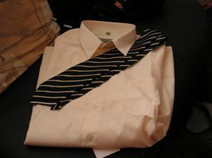 Košile s kravatou pro miláčka
