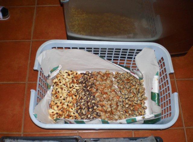 Tereza a Míla_porovnání: plány a skutečnost - ...koláčků bylo víc a víc!