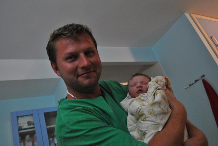 Tereza Syrová{{_AND_}}Miloslav Cicák - 6.6.2011  se nám narodila Adélka