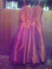 moje šaty na redový tanec