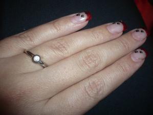 můj zásnubní prstýnek :)