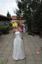 házení květiny