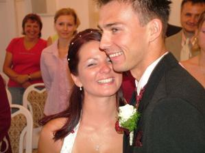 Po prvním manželském polibku