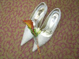 moje boty a ženichova vonička