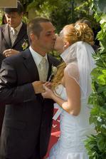 1.manželský bozk