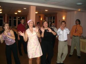 Tanečky