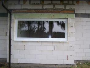kuchynske okno zvonku