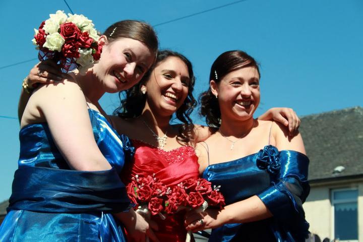 Abita Bhaskar{{_AND_}}Douglas Perry - Me with the bridesmaids