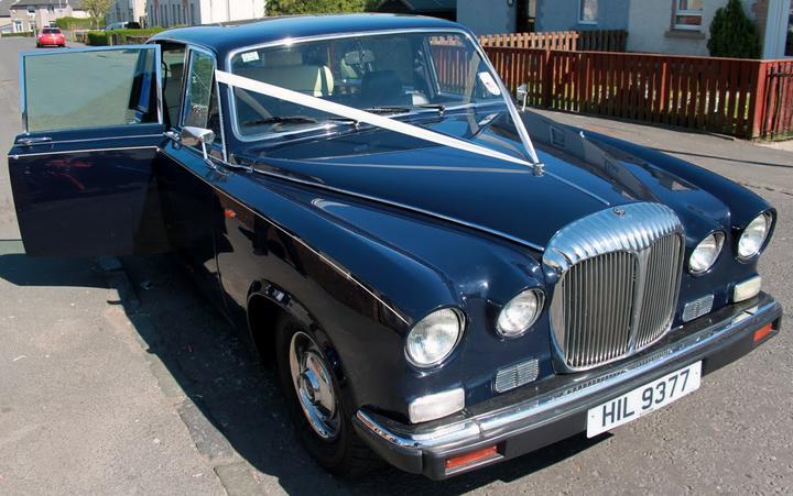 Abita Bhaskar{{_AND_}}Douglas Perry - Our stunning car