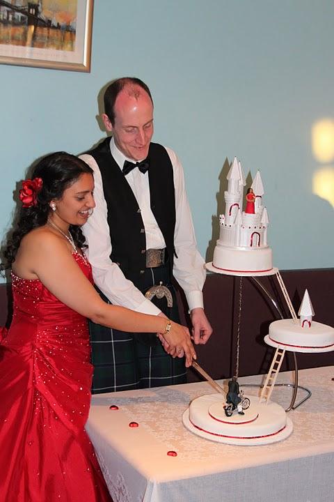 Abita Bhaskar{{_AND_}}Douglas Perry - Cutting the cake