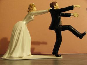 Takovou figurku chceme na dortík. :)