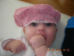 12.03.09 sa nám narodila vytúžená dcérka Marcelka