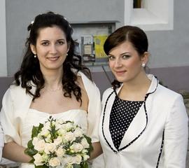 Karolínka Pojezdalová{{_AND_}}Peťko Kováč - Moja sestra a zaroven aj svedkyna