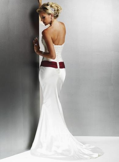 Šaty...kapitola sama o sebe, však dámy... :D - Obrázok č. 1