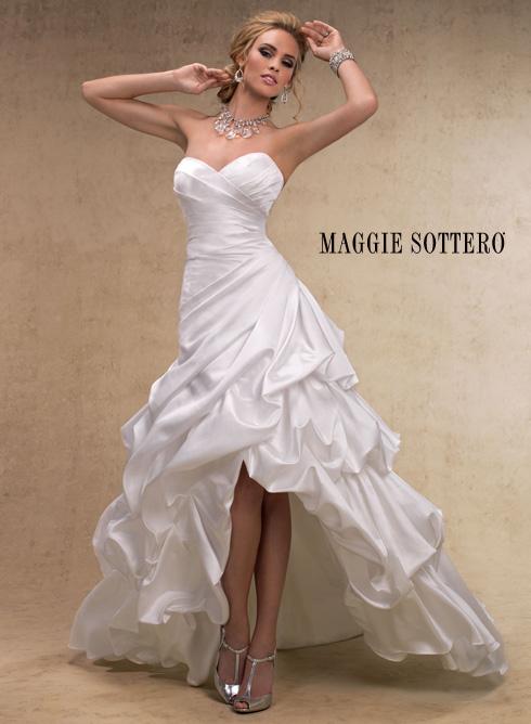 Šaty...kapitola sama o sebe, však dámy... :D - Obrázok č. 3