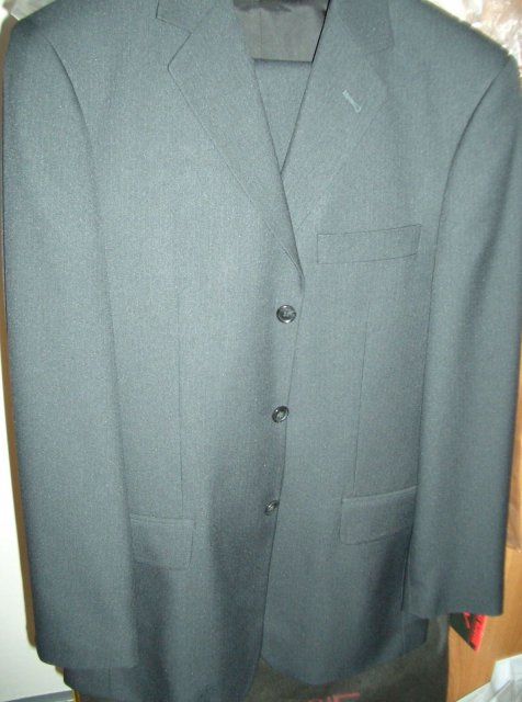 1.10.2005 je za dverami :) - mileho oblek