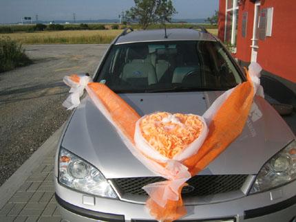 Vyzdoby svadobných  áut - Obrázok č. 5
