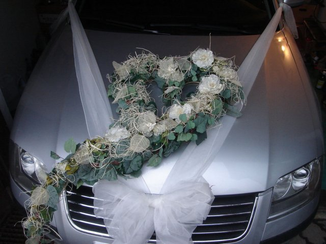 Vyzdoby svadobných  áut - Obrázok č. 14