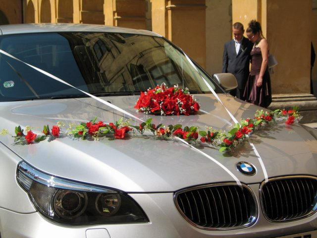Vyzdoby svadobných  áut - Obrázok č. 30