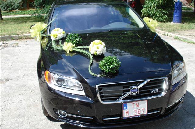 Vyzdoby svadobných  áut - Obrázok č. 31