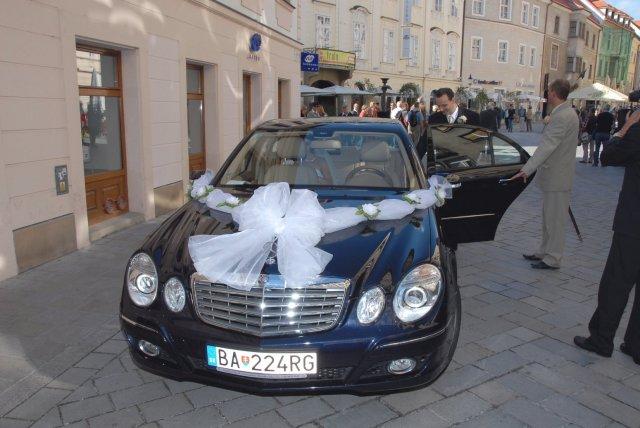 Vyzdoby svadobných  áut - Obrázok č. 54