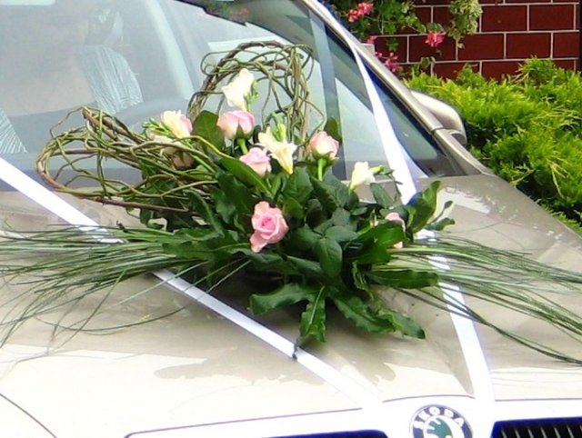 Vyzdoby svadobných  áut - Obrázok č. 75