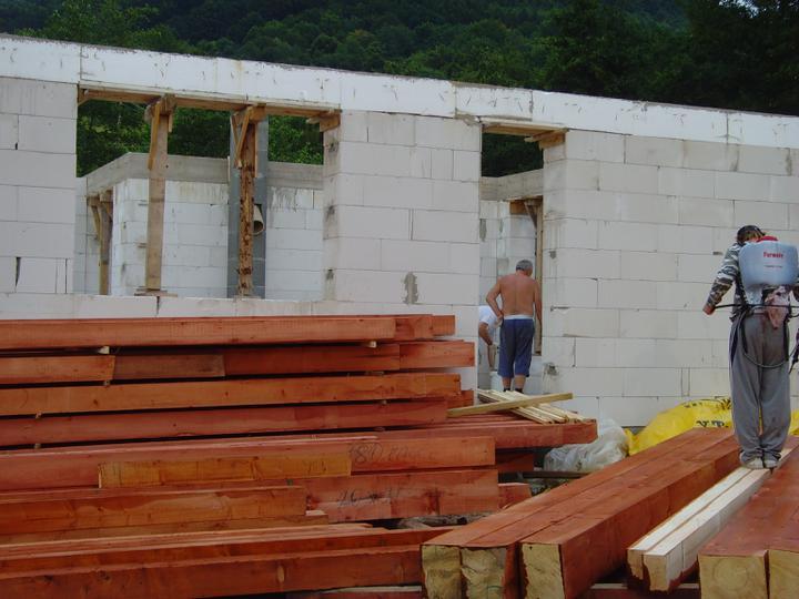 Náš bungalov Archikom1 - A ide sa na strechu