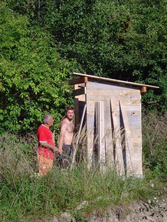 Náš bungalov Archikom1 - Stavia sa prva pomoc