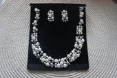Set naušnice + náhrdelník s perličkami,
