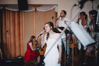 Překvapení od nevěsty, ženich to ale věděl ;-)