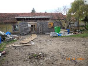 Už nová přístavba (podzim 2012)