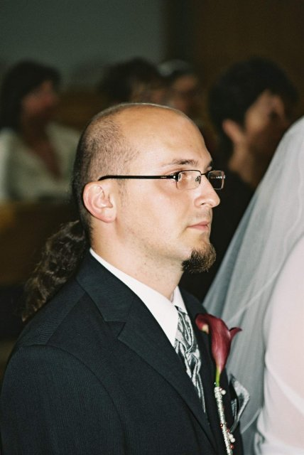 Katka Čulenová{{_AND_}}Mirko Polák - zenich v kostoliku